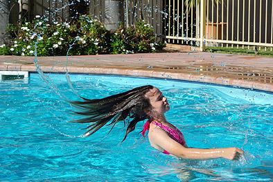 em-pool-hair