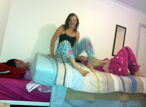Retreat 09 bedroom antics